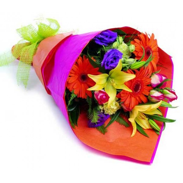Send Flames of Passion HB HAB Flower Gifts to Dubai with Flowers ...